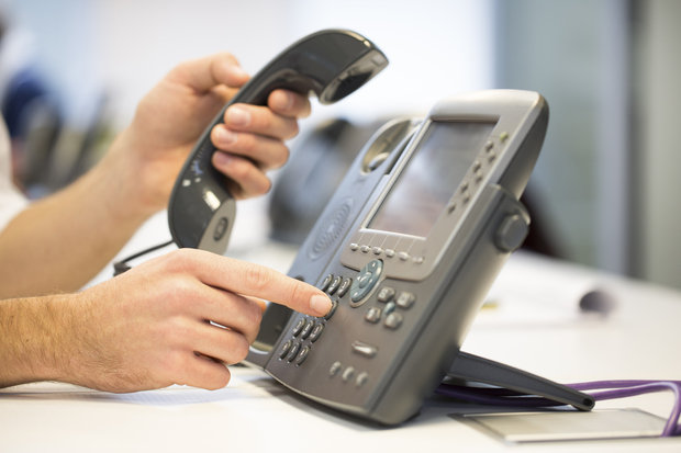V1 VoIP explains why desk phones are becoming obsolete in business because of VoIP services such as web phones, soft phones and VoIP services to increase mobility, productivity and efficiency